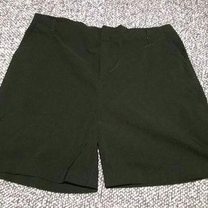 Pants - Kathy Ireland women's size 18 dress shorts
